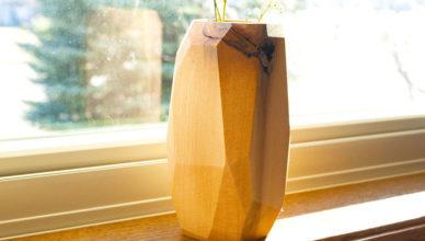 «Геометрия»: ваза из дерева своими руками
