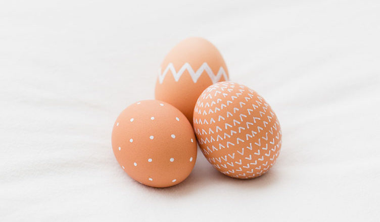 Маркерная роспись яиц к Пасхе