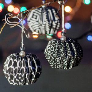 Коллекция новогодних шариков оригами