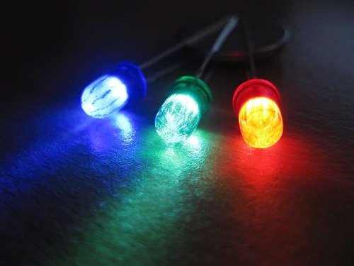 Делаем цветные светодиоды