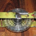 Электрофорная машина из cd дисков