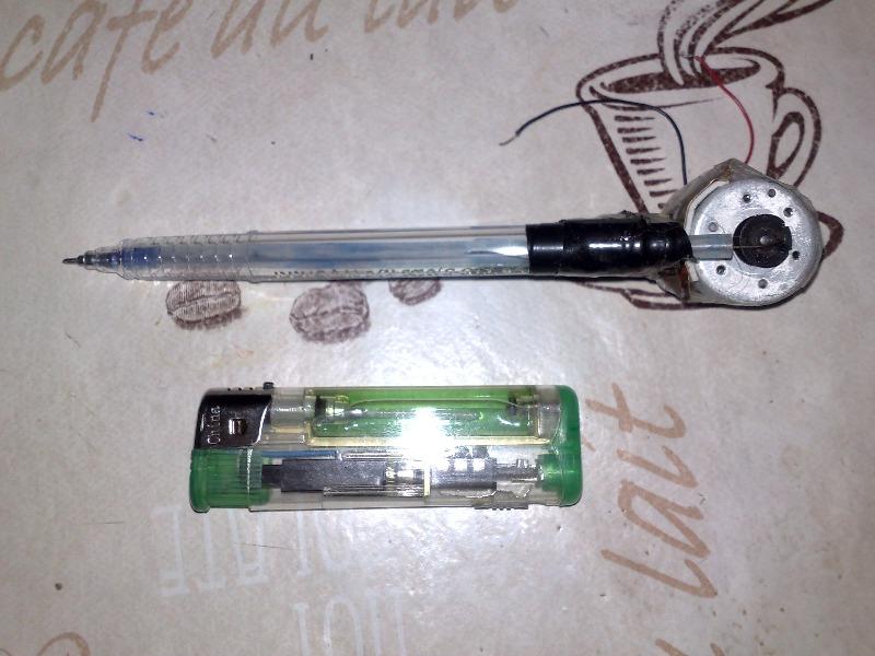 Основа — гелиевая ручка